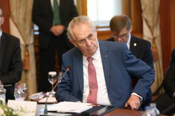 Český prezident Miloš Zeman při schůzce prezidentů Slovenska, ČR, Maďarska a Polska 11. října 2018 na Štrbském Plese.