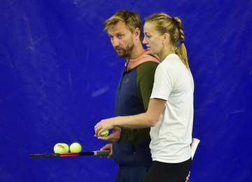 Tenistka Petra Kvitová a trenér Jiří Vaněk při tréninku 15. října 2018 v Praze před svým odletem na Turnaj mistryň.