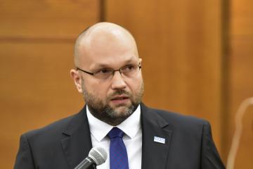Nový primátor Havířova na Karvinsku Josef Bělica (ANO) na ustavujícím zasedání zastupitelstva, které 5. listopadu 2018 volilo nové vedení města.