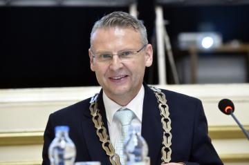 Ustavující zasedání přerovského zastupitelstva zvolilo 5. listopadu 2018 primátorem Petra Měřínského z ANO.