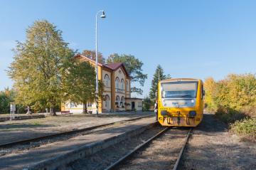 Titul Nejkrásnější nádraží letos získala stanice Blíževedly na Českolipsku (na snímku z 11. října 2018).