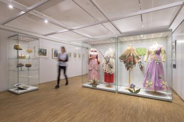 """Výstava """"Josef Lada jak ho neznáte"""" je od 15. listopadu 2018 k vidění ve Veigertovském domě v Kolíně."""