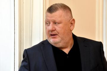 Lobista Ivo Rittig přichází k Městskému soudu v Praze, kde pokračovalo 10. prosince 2018 projednávání kauzy jízdenek pro pražský dopravní podnik.