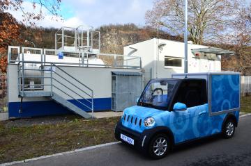 Společnost ÚJV Řež představila 10. prosince 2018 v Řeži experimentální automobil HyVan se zařízením na zvýšení dojezdu na bázi vodíkových článků.