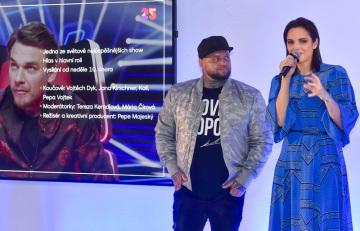 Slovenská zpěvačka Jana Kirschner a rapper Kali vystoupili 17. ledna 2019 v Praze na tiskové konferenci televize Nova k jarnímu programovému schématu.