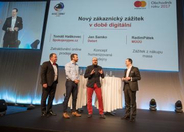 Prezentace finalistů soutěže na Retail Summitu 2018.