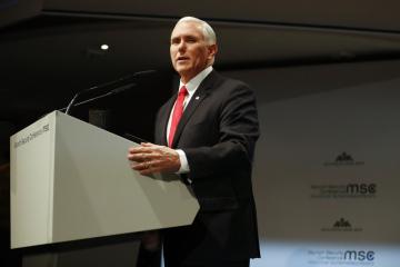Americký viceprezident Mike Pence na bezpečnostní konferenci v Mnichově.
