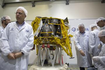 Izraelské robotické vozítko Berešit, které má po přistání na Měsíci zkoumat magnetické pole Měsíce a fotografovat jeho povrch..