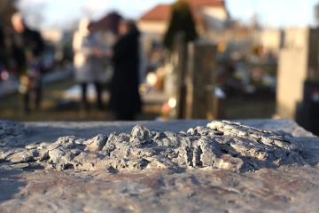 Ve Vítkově na Opavsku se konala 22. února 2019 pietní vzpomínka u hrobu Jana Zajíce (na snímku je plastika na náhrobku), který se před 50 lety upálil na protest proti okupaci Československa vojsky Varšavské smlouvy. Zajíc reagoval na čin Jana Palacha. Takzvaná druhá pochodeň vzplála na Václavském náměstí 25. února 1969.