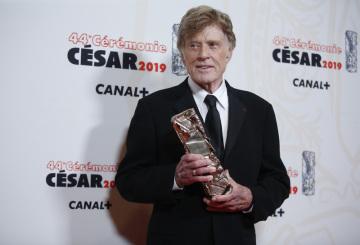 Americký herec a režisér Robert Redford dostal 22. února 2019 na galavečeru v Paříži čestného Césara.