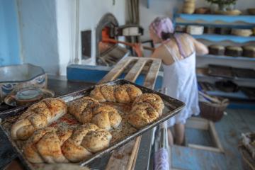 Způsob výroby považuje za nejcennější na svém chlebu Šárka Nemešová (na snímku z 2. dubna 2019), která má malou pekárnu v Dolní Oldřiši na Liberecku nedaleko česko-polské hranice.
