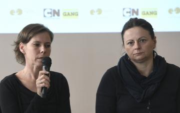 Vedoucí Linky bezpečí Kateřina Lišková (vlevo) a Kateřina Schmidová z rodičovské linky vystoupily 17. dubna 2019 v Praze na tiskové koferenci dětského televizního kanálu Cartoon Network a Linky bezpečí k uvedení globální kampaně proti šikaně CN Buddy v ČR.