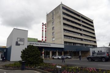 Jaderná elektrárna Paks v Maďarsku.