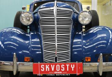 Chevrolet Master z roku 1938 byl k vidění 16. května 2019 v Plzni na tiskové konferenci k letošnímu ročníku přehlídky historických i současných automobilů Skvosty s vůní benzínu.