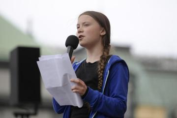 Švédská aktivistka Greta Thunbergová hovoří na studentské demonstraci ve Stockholmu na snímku z 24. května 2019.