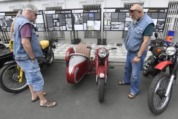 Třináctý ročník srazu a výstavy historických vozidel se konal 25. května 2019 v Praze v Opletalově ulici.