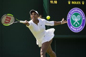 Americká tenistka Serena Williamsová při tréninku na Wimbledon.