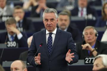 Český europoslanec Jan Zahradil na jednání Evropského parlamentu ve Štrasburku 3. července 2019.