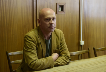 Olomoucký okresní soud zamítl 10. července 2019 žalobu rodičů na Fakultní nemocnici Olomouc kvůli údajně špatnému postupu při komplikovaném porodu jejich dítěte, které se v říjnu 2010 narodilo těžce postižené. Na snímku je otec postižené holčičky Vlastimil Blaťák.