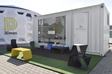 Společnost 3Dees představila 7. října 2019 na brněnském výstavišti kontejner s nejvýkonnější tiskárnou pro 3D digitální výrobu.