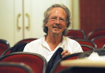 Rakouský spisovatel Peter Handke na snímku z roku 2009.
