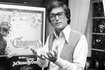 Filmový producent Hollywoodu Robert Evans (na archivním snímku z roku 1974).