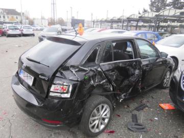 V Prostějově havaroval 8. listopadu 2019 při sjezdu z dálnice D46 kamion. Vjel při tom do areálu autosalonu a narazil postupně do 27 zaparkovaných vozů.