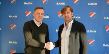 Novým trenérem fotbalistů Baníku Ostrava se 3. ledna 2020 stal Luboš Kozel (vlevo). Vpravo je majitel ostravského klubu Václav Brabec.