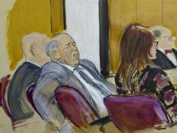 Hollywoodský filmový producent Harvey Weinstein na kresbě ze soudní místnosti na Manhattanu v New Yorku 18. února 2020.