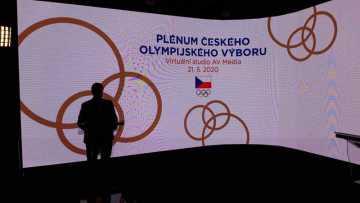 Plénum Českého olympijského výboru se 21. května 2020 poprvé v historii konalo ve virtuálním studiu prostřednictvím videokonference.