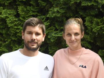 Tenistka Karolína Plíšková a její bývalý trenér Daniel Vallverdu (spolu na snímku z 4. června 2020).
