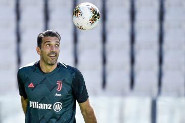 Brankář Juventusu Gianluigi Buffon