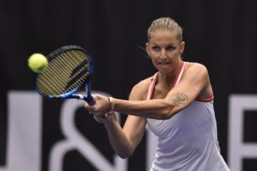 Tenisový turnaj žen J&T Banka Ostrava Open 2020, 22. října 2020 v Ostravě. Karolína Plíšková z ČR v utkání proti Veronice Kuděrmětovové z Ruska.