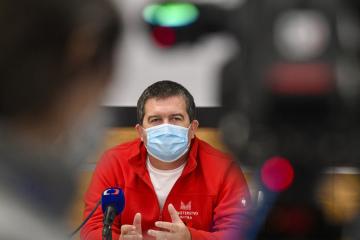 Ilustrační foto - Ministr vnitra a šéf Ústředního krizového štábu Jan Hamáček (ČSSD).