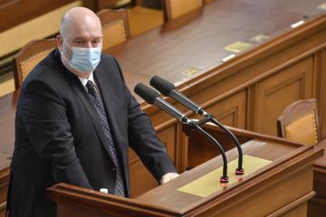 Ministr zemědělství Miroslav Toman hovoří 20. ledna 2021 v Praze na schůzi Poslanecké sněmovny.