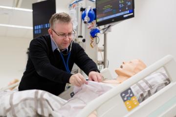 ProfesorPetr Štourač z Lékařské fakulty Masarykovy univerzity, držitel Ceny Wernera von Siemense 2020 v kategorii Nejlepší pedagogický pracovník. Ocenění mu bylo uděleno za zavádění inovativních, efektivních a atraktivních metod do výuky především v oblasti anesteziologie a intenzivní medicíny.