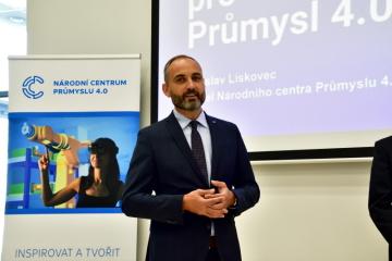 Generální ředitel CzechInvestu Patrik Reichl vystoupil loni na podzim na roadshow, kterou uspořádala agentura společně s Národním centrem průmyslu 4.0 pro podnikatele k digitalizaci malých a středních podniků.