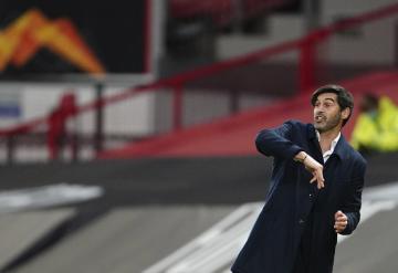 Trenér fotbalistů AS Řím Paulo Fonseca na snímku z 29. dubna 2021 při semifinálovém zápasu Evropské ligy proti Manchesteru United.