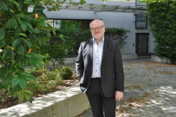 Český exministr kultury Daniel Herman 16. července 2021 v Mnichově, kde 17. července od Sudetoněmeckého krajanského sdružení (SL) převezme Evropskou cenu Karla IV.