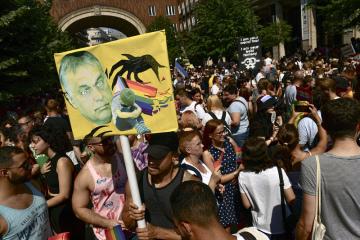 Pochod za práva sexuálních menšin v Budapešti.