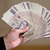 Padělaných bankovek a mincí ke konci září meziročně ubylo