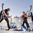 Americká metalová kapela Metallica vystoupila 18. srpna 2019 v pražských Letňanech v rámci WorldWired Tour. Na snímku jsou kytarista Kirk Hammett (vlevo) a baskytarista Robert Trujillo.