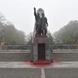 V Komenského sadech v Ostravě někdo sprejem postříkal Památník Rudé armády (na snímku), u něhož bývají pietní akce.